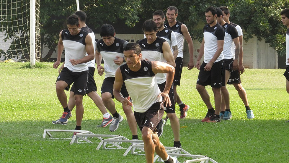 CLUB OLIMPIA - ENTRENAMIENTO - 201015 (15)
